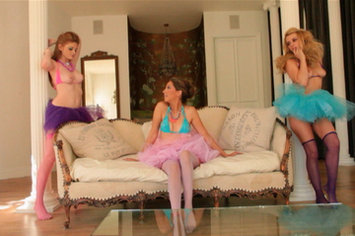 Lexi Belle, Faye Reagan and Jenna Haze - Lesbian Princess Fairy Tale!